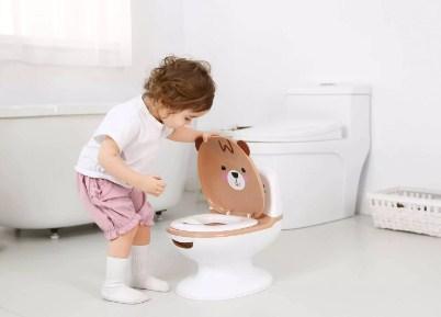 Kiat Sukses Toilet Training Balita