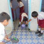 Masalah Sanitasi di Toilet Sekolah Anak